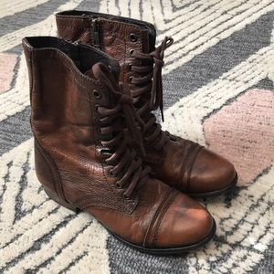 Steve Madden Troopa boot, brown, size 5.5